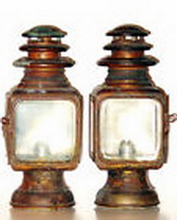 carriage lantern.jpg